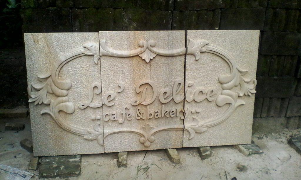 Relief Batu Paras Jogja
